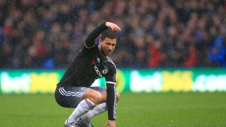 Hazard suffered a groin injury at Selhurst Park as his troubled season continued