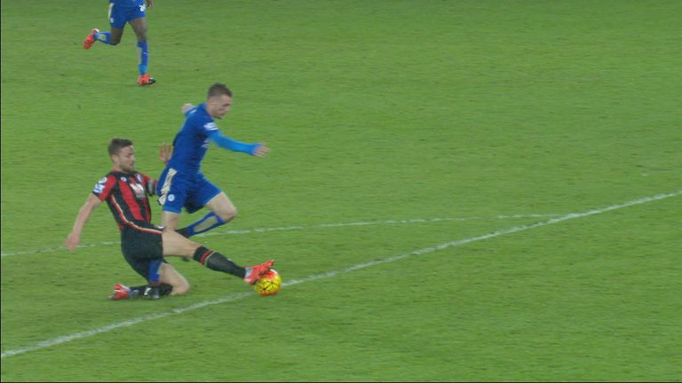 Simon Francis (Bournemouth) is sent off for a last-ditch tackle on Jamie Vardy (Leicester)