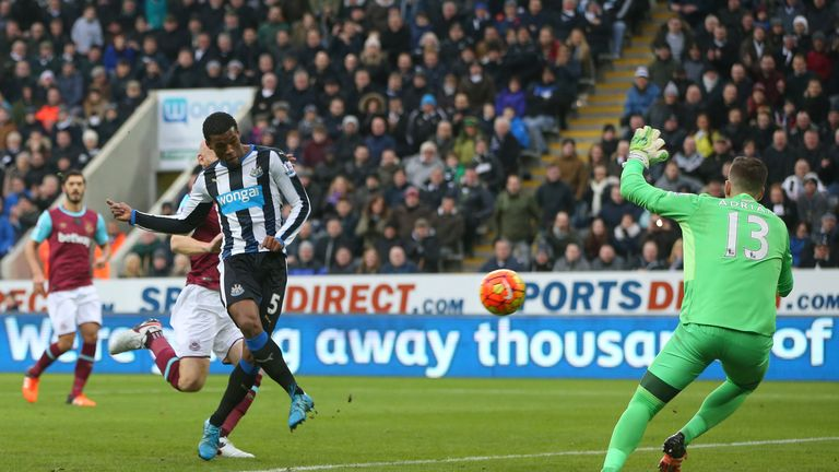 Georginio Wijnaldum put Newcastle two goals in front after 15 minutes at St James' Park