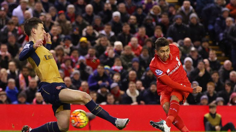 Roberto Firmino scores Liverpool's first goal against Arsenal