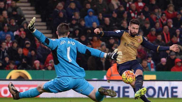 Jack Butland saves from Olivier Giroud on Super Sunday