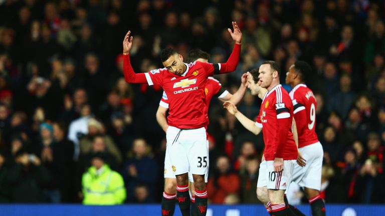 Lingard (left) of Manchester United celebrates