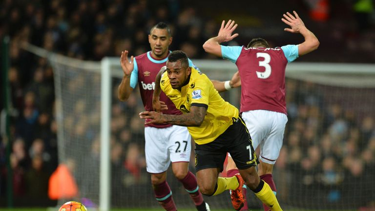 Aston Villa's Leandro Bacuna chases the ball against West Ham United