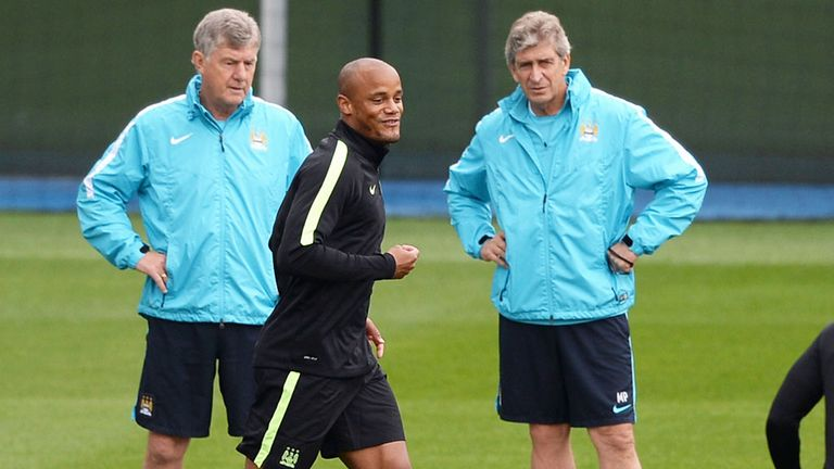 Manuel Pellegrini hopes Vincent Kompany will return in a week's time