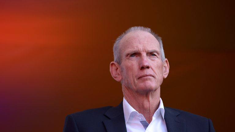 Wayne Bennett will coach England while remaining with the Brisbane Broncos