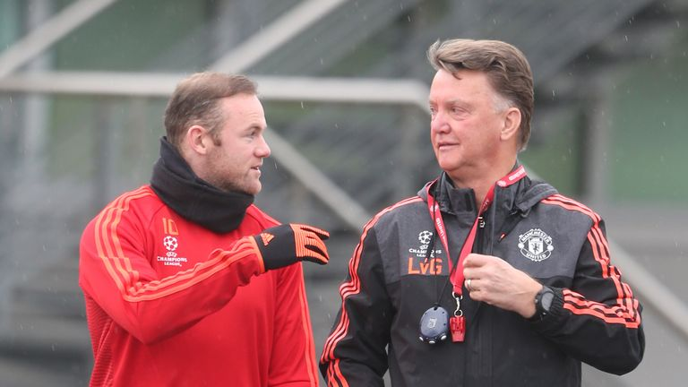 Wayne Rooney says players deserve as much criticism as United boss Louis van Gaal