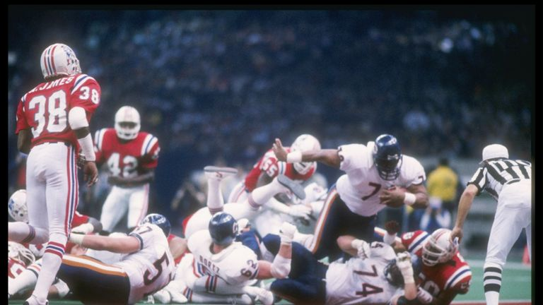 William Perry hurls himself through the Patriots to score at Super Bowl XX