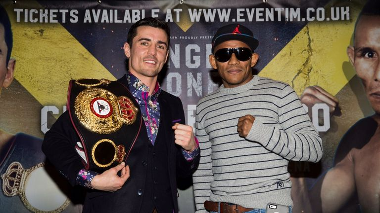 Anthony Crolla (l) defents his belt against KO specialist Ismael Barroso