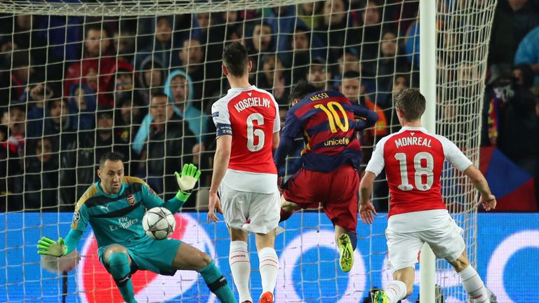 David Ospina saves a Lionel Messi effort at the Nou Camp