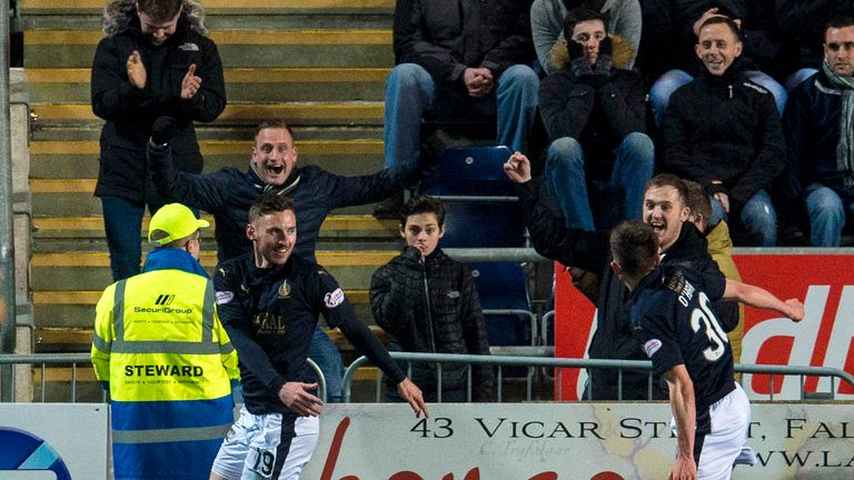 Falkirk's Bob McHugh (left) celebrates making it 3-2 against Rangers