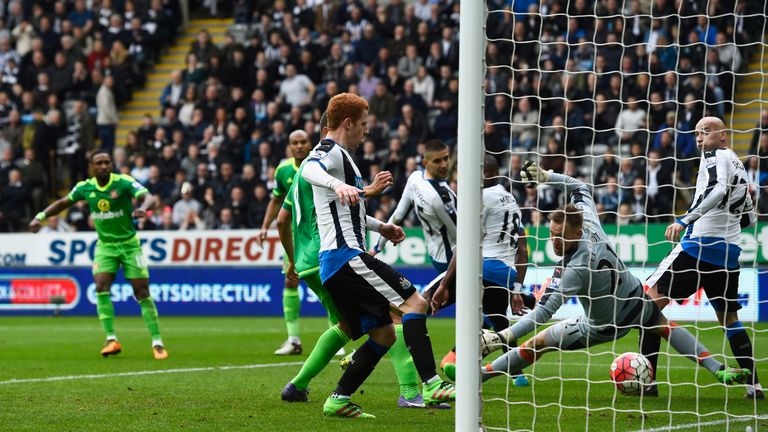 Goalkeeper Rob Elliot failed to stop Defoe from scoring