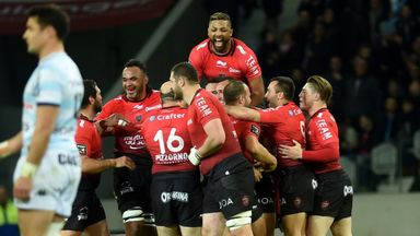 Toulon's players celebrate their last-gasp win over Racing