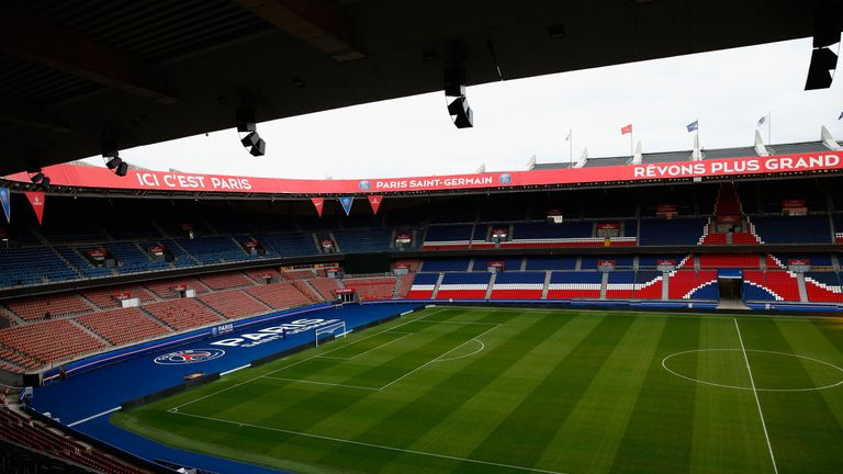 Parc de princes pitch 39 could be better 39 for northern for Porte 0 parc des princes