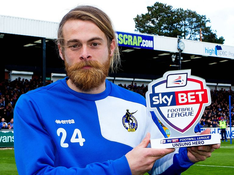 Stuart Sinclair of Bristol Rovers receives his Sky Bet Football League Unsung Hero award