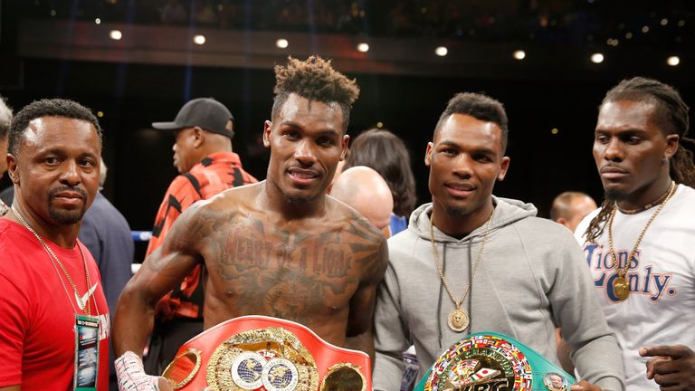 Jermall Charlo (l) has moved up, but his twin remains 'king' in the division