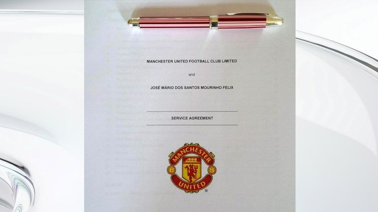 Mourinho's Manchester United contract (picture via @josemourinho on Instagram)