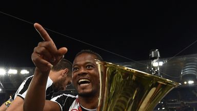 Patrice Evra to sign two-year contract extension at Juventus