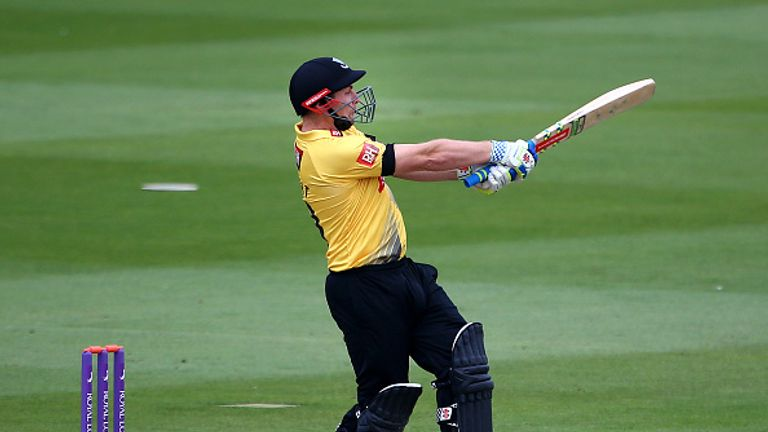 Luke-wright-sussex-sharks-one-day-cup_3479065