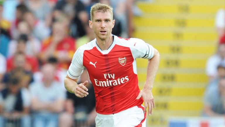 Arsenal defender Per Mertesacker had knee surgery earlier this summer