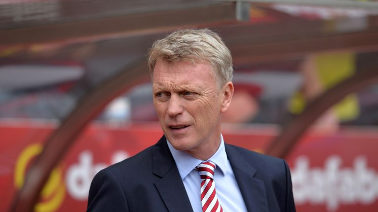 Moyes takes his Sunderland team to United on Boxing Day