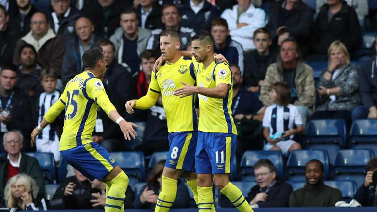 Kevin-mirallas-everton-celebrate-west-brom_3768764