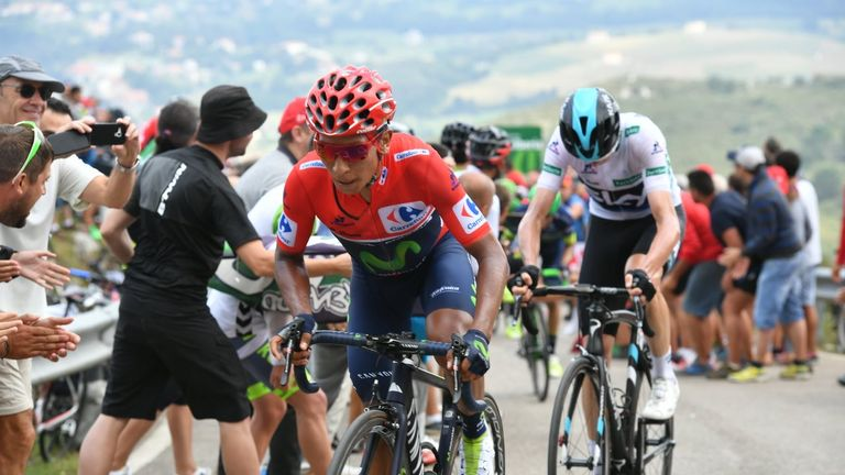 Quintana (left) and Froome (right) battle on the climb to Pena Cabarga