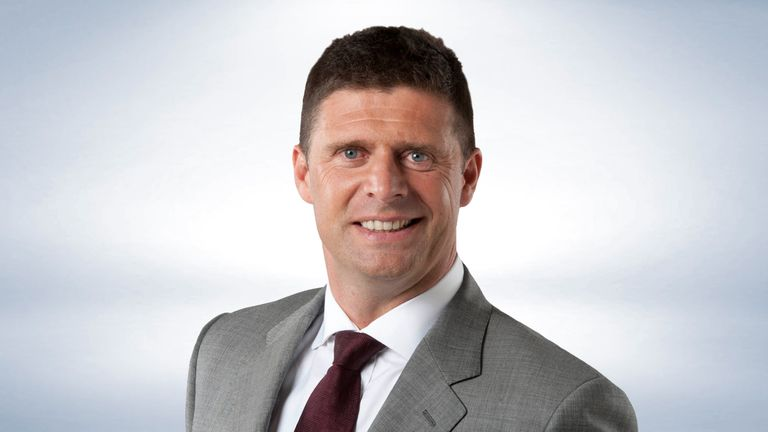 Niall Quinn gives his thoughts on the state of the England football team
