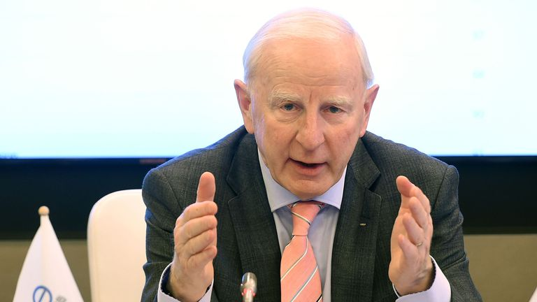 Patrick Hickey has resigned from his position on the International Olympic Committee's executive board