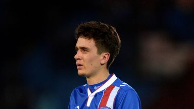 Alex Gilliead will spend six months on loan with Bradford