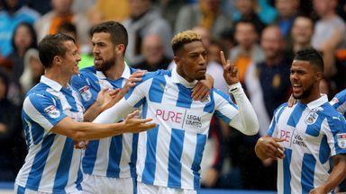 Rajiv van La Parra's goal against his former club keeps Huddersfield top of the league