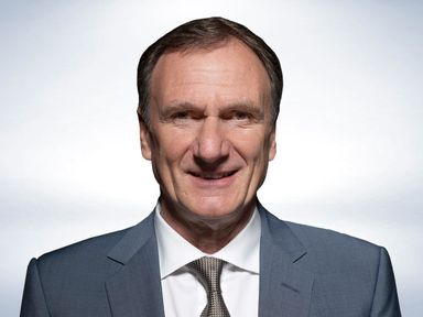 Phil Thompson: Assesses the title chances of Man City and Chelsea