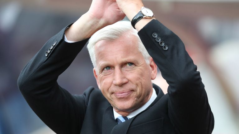 Former Crystal Palace and Newcastle manager Alan Pardew is a guest on Goals on Sunday