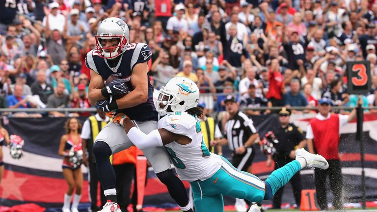 Gronkowski active, set to make season debut vs. Texans