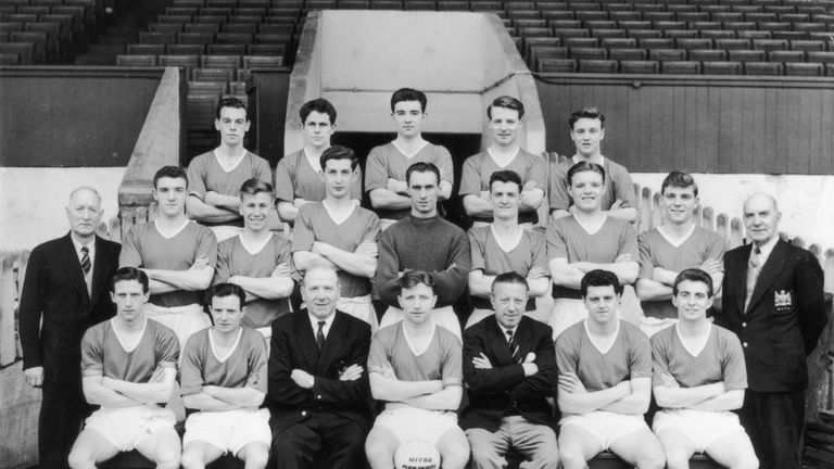 The Manchester United team in April 1957, with Wilf McGuinness back row second left