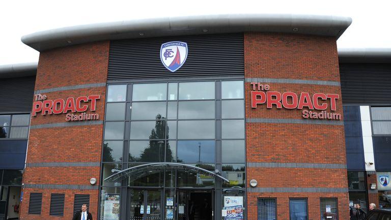 Agen Bola Terpercaya - Chesterfield dan direktur Dave Allen Meninggalkan Peran