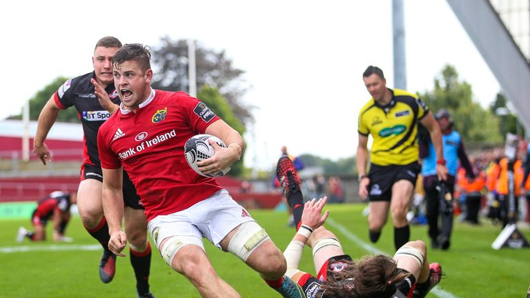 Conor Oliver scores his first PRO12 try