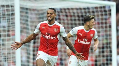 Theo Walcott is focused on the present rather than the past as Arsenal look to challenge in the Premier League