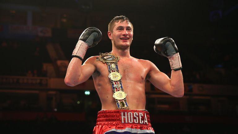 Hosea Burton defends his British title against Frank Buglioni on December 10