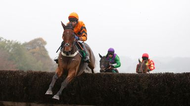 Thistlecrack impressed on his chase bow