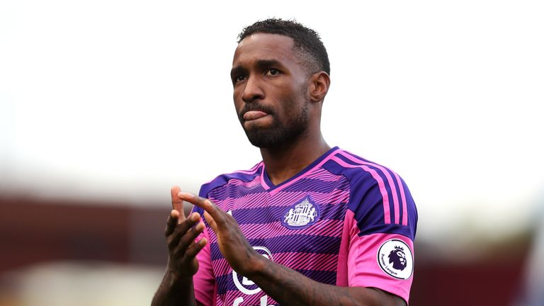 Jermain Defoe excited by prospect of breaking Premier League scoring record