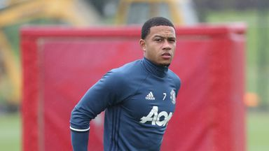 Memphis Depay could play for Lyon this weekend if contract talks progress quickly, says the club's president