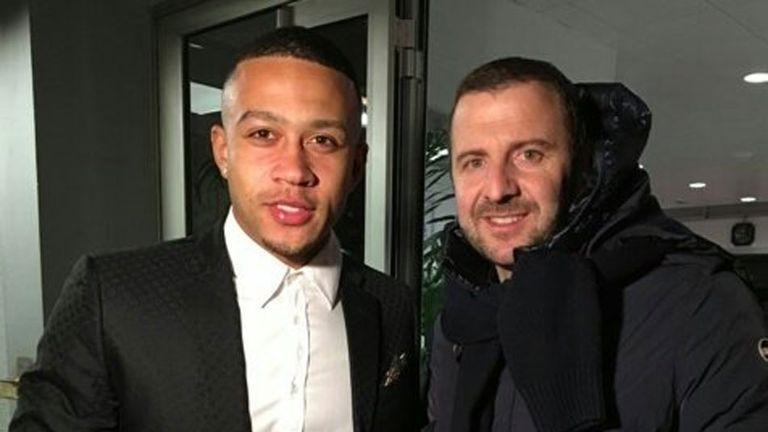 Memphis Depay pictured in Lyon - source Twitter/Olympique Lyonnais