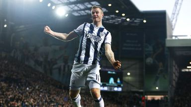 Chris Brunt has penned a contract extension with West Brom