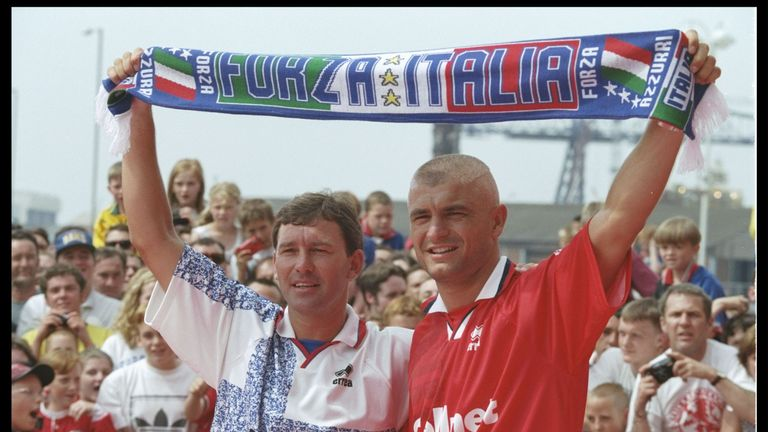 Bryan Robson introduced Ravanelli to the Midllesbrough crowd in July 1996