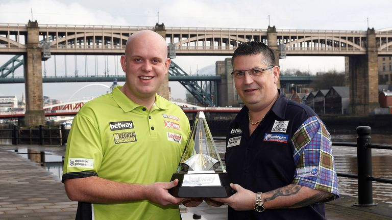 Michael van Gerwen and Gary Anderson meet in the  Premier League semi-finals on Thursday