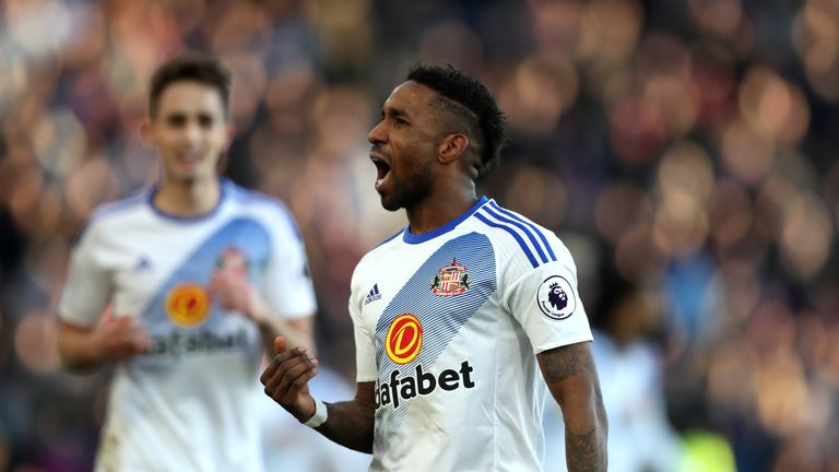 Jermain Defoe scored twice in Sunderland's thumping win at Palace