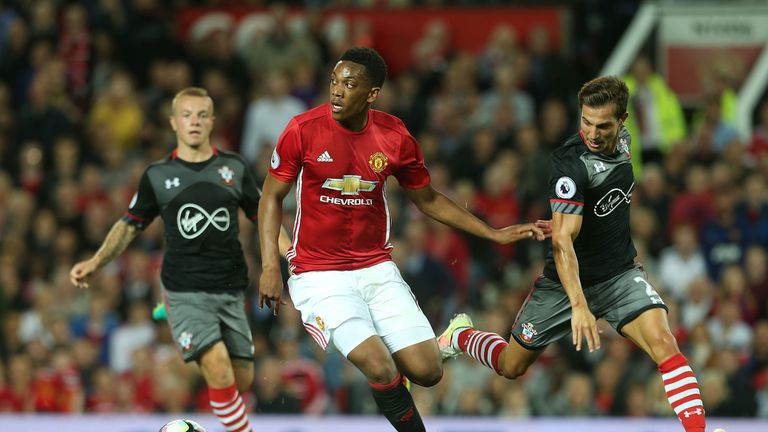 Offside?! Man Utd let off with disallowed Southampton goal