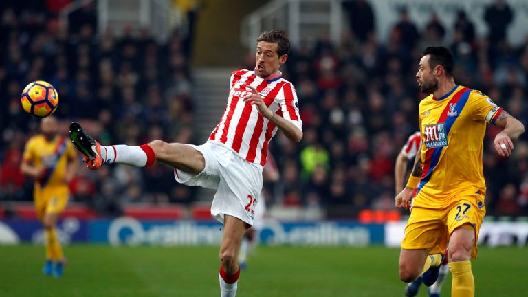 Skysports-peter-crouch-stoke-crystal-palace_3889079
