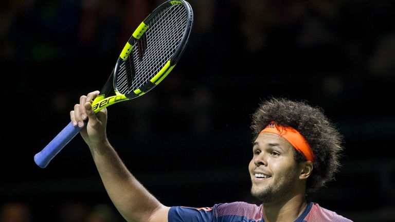 Jo-Wilfried Tsonga ousted top-ranked Marin Cilic
