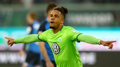 Daniel Didavi celebrates his goal for Wolfsburg